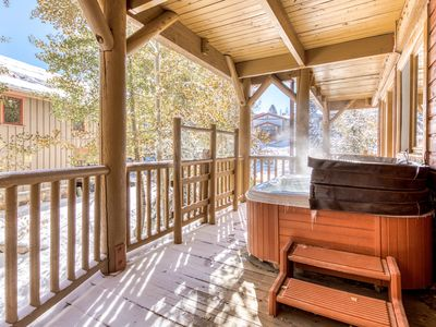 Photo for Gorgeous log cabin-like condo w/private hot tub & common area pool!