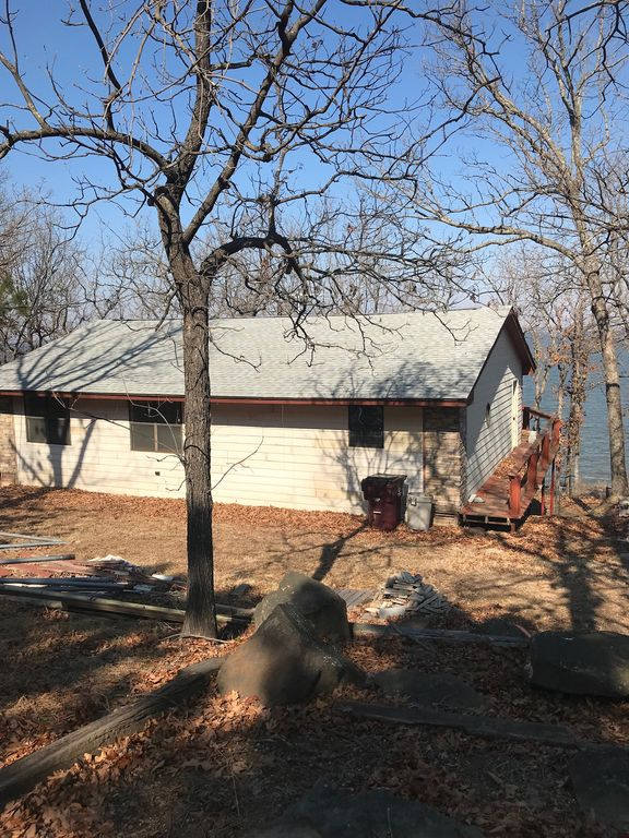 Property Image#5 Rustic Lakefront Cabin With Incredible Views Of Lake  Eufaula