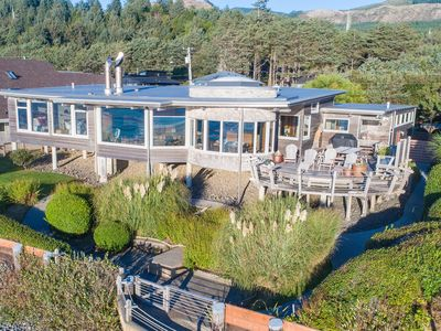 Photo for Exclusive Experience: Oceanfront Luxury Beach House with Breathtaking Views