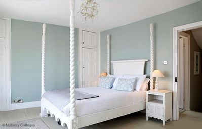 Photo for Seabreeze -  a house that sleeps 6 guests  in 3 bedrooms