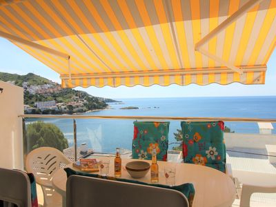 Photo for Very well located, near the beach of the cove of CANYELLES PETITES, with fantastic sea view.