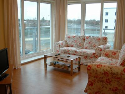 Photo for Attractive & comfortable apartment in Sunbury-On-Thames, West London