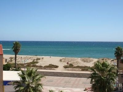 Photo for IDEALLY SITUATED T2 cabin Sainte Marie the sea in front of sea