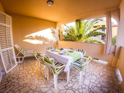 Photo for Two bedroom apartment with terrace Mandre, Pag (A-6516-a)