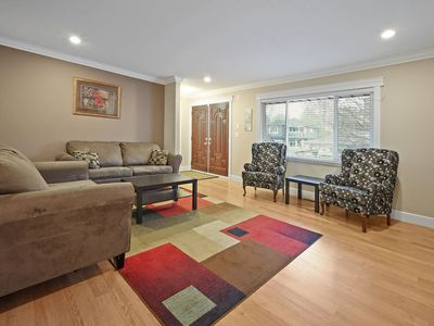 Photo for 2-Bed Cozy Suite  - Minutes to Buses and Train!