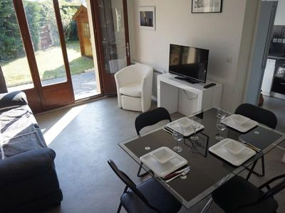 Photo for Apartment Merville-Franceville-Plage, 3 bedrooms, 6 persons