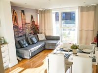 Great apartment which fit 3 travelers nicely. Very clean and beautiful. Easy to communicate with the