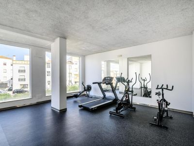 Photo for Central Lagos 2 bed Apt Indoor& Outdoor Pool Gym