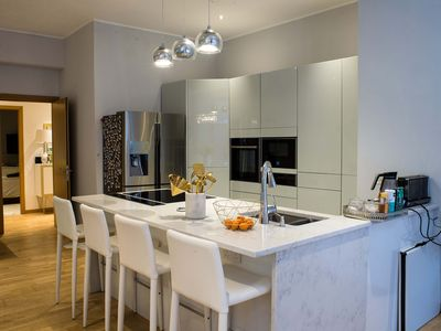 Photo for 2 bed Chic Apartment in Glasgow City Centre