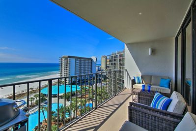 Book your next Gulf getaway at this vacation rental condo in Edgewater Beach Resort!