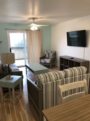 """H I""  Unit A2... walking distance to Outer Banks Kiting and Ocean Air SPorts"