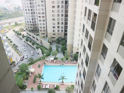 Photo for Cozy 01BR Masteri ThaoDien high floor - Pool view