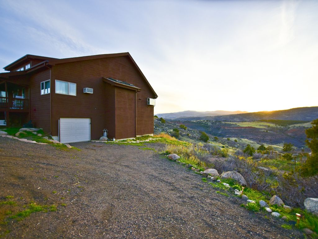 Fort collins mountain living with breathtak vrbo for Cabin rentals near fort collins colorado
