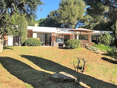 Photo for Modern Villa with Private Garden near Sea in Var