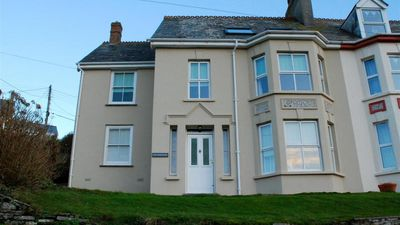 Photo for Pendennis - Four Bedroom House, Sleeps 8