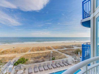 Photo for Cozy oceanfront condo with spectacular views