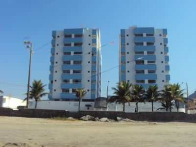 Photo for Apt sea front with barbecue balcony WI-FI concierge 24 hs p 10 people