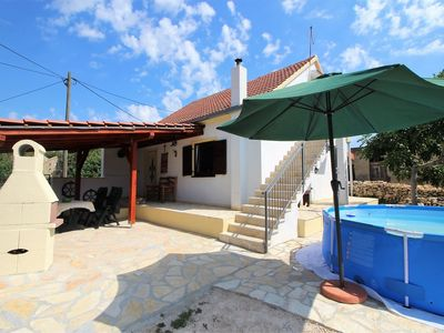 Photo for This pleasant holiday home is an ideal starting point to explore Dalmatia!