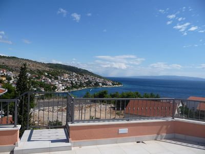 Photo for 3 bedroom luxury penthouse apartment with large roof terrace and panoramic views