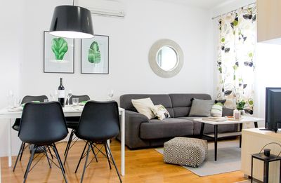 Photo for Serena apartment, with sea view, close to the pebble beach!