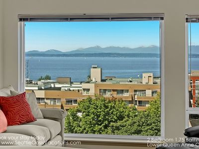 Amazing Puget Sound and Olympic Mountain Views!