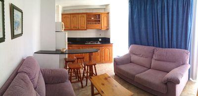 Photo for Cozy Central Apartment Iingles Beach