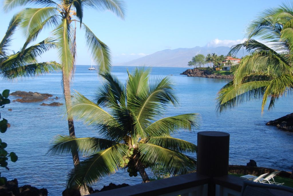 Makena Bay House - Beautiful Views, Oceanfront!