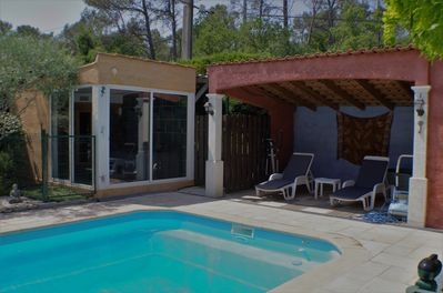 pool house et jacuzzy