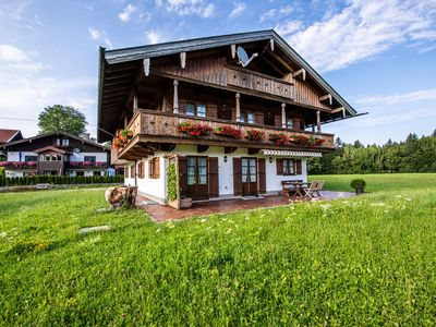 Photo for Fantastic Holiday Apartment with Mountain View, Wi-Fi, Balcony & Garden