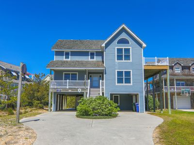 Photo for Beautiful 5 Bedroom Home with Village Beach Club Access