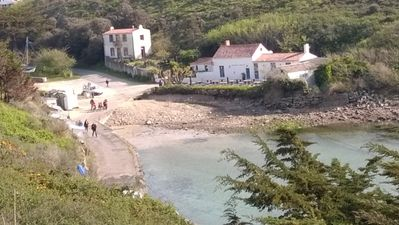 Photo for The Port of Millstone, island of Yeu, house with garden pets allowed