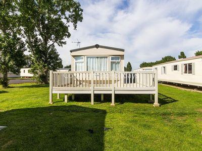 Photo for 8 berth caravan for hire with decking at Seawick park Essex ref 27125