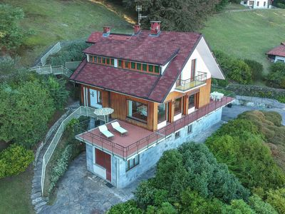 Photo for Spacious holiday house with garden and beautiful views of Lake Maggiore.