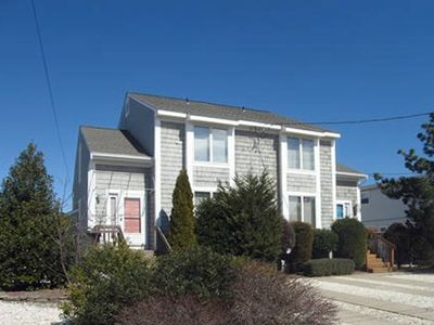 Photo for 3 bedroom, 2 bath townhome is located in the popular south-end of Avalon