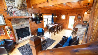 Photo for Luxury Cabin - Dollywood w POOL - 4 bedrms, sleeps 14