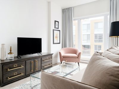 Photo for Sonder | Quartier des Spectacles | Dashing 1BR