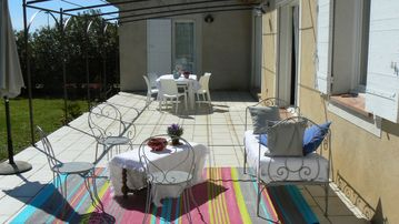 Search 405 holiday rentals