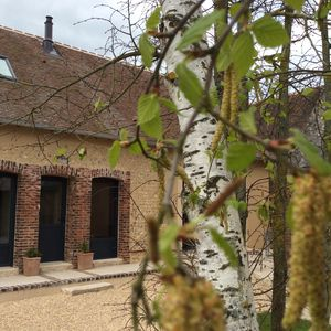 Photo for Charming cottage in the countryside 15 minutes from Chartres and its famous cathedral