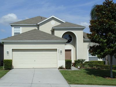 Windsor Hills - Spacious Disney Villa,  2 minutes walk to Clubhouse