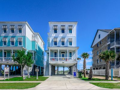 Photo for Nightly Stays Aug-Sept**FREE LINENS** Oceanfront w/ Private Pool & Elevator