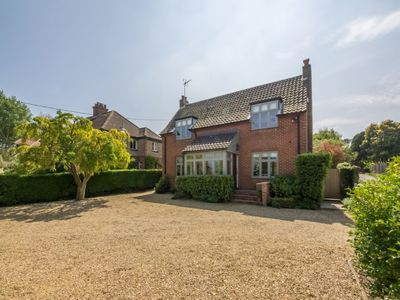 Photo for AAn impressive detached four-bedroomproperty within easy reach of  Wells