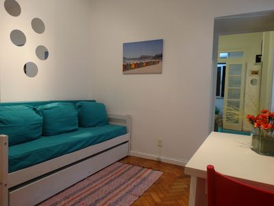 Photo for Pleasant apartamanto in Copacabana, Posto 4, 1/2 block from the beach.