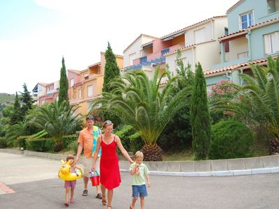 Photo for Attractive apartment in a holiday park on the sea.