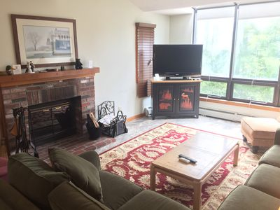 Photo for Popular Timber Creek! Room for everyone, shuttle to mountain, hot tub