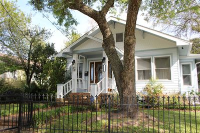 three bedroom two bathroom home in prime location
