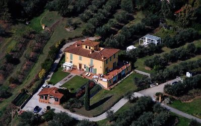 "Photo for Luxury Villa ""Il Campano"" Near The Pinocchio's Park With Shared Pool"