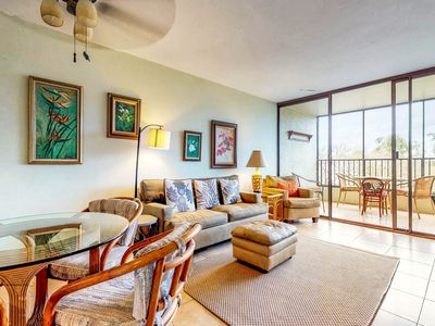 Photo for Waterfront condo w/ shared pool & private lanai- steps to shops & restaurants!