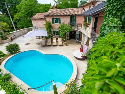 Photo for Vacation home VILLA ALBA (ROJ407) in Rovinj - 10 persons, 4 bedrooms