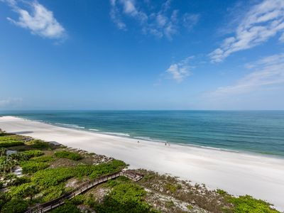 Photo for Marco Island Beachfront 906