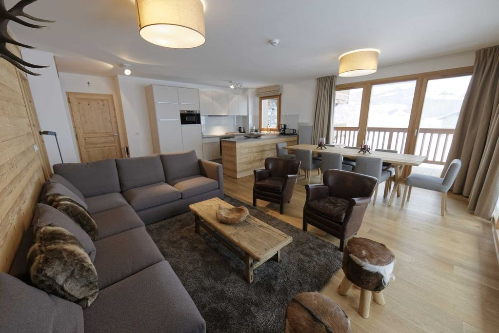 Resid Miravidi The Hare White Boutique Style Apartments At The Top Of
